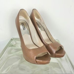 Michael Kors Open toe platform heels brown 8.5
